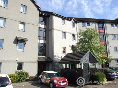 Property to rent in Picktillum Place