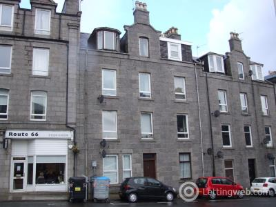 Property to rent in Esslemont Avenue, Rosemount, Aberdeen, AB25 1SR