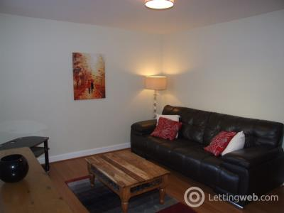 Property to rent in Polmuir Road, Ferryhill, Aberdeen, AB11 7RS