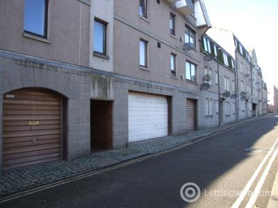 Property to rent in Gordon Street, The City Centre, Aberdeen, AB11 6EW