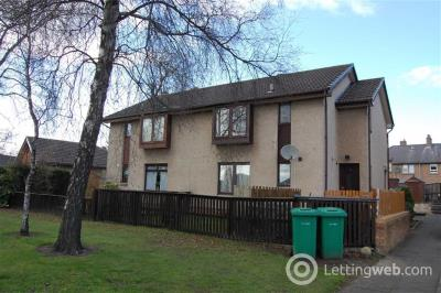 Property to rent in 10, Wemyss Court, Rosyth, Fife, KY11