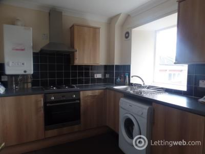 Property to rent in Caledonian Road, Wishaw