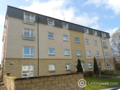 Property to rent in May Gardens, Wishaw