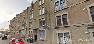 Property to rent in (First Floor) Balmore Street, Dundee