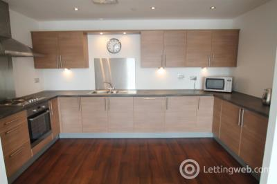 Property to rent in Gourlay Yard, City Quay