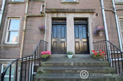 Property to rent in (Top) Fleuchar Street, Dundee