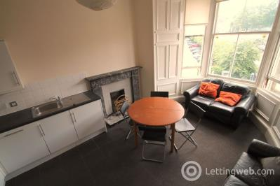 Property to rent in Montgomery Street, Edinburgh