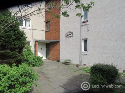 Property to rent in Elm Court, Dundee