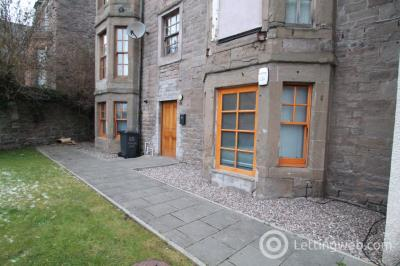Property to rent in McVicars Lane, Dundee