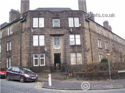Property to rent in Morgan Place Rm, Dundee