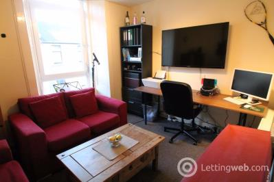 Property to rent in TR Rosefield Street, Dundee