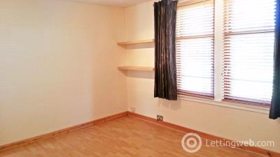 Property to rent in Moncur Crescent, Dundee