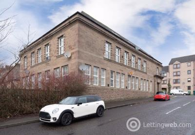 Property to rent in Glenagnes Gardens, Dundee