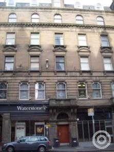 Property to rent in Room Commercial Street, Dundee