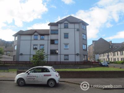 Property to rent in Rosebank Street, Dundee