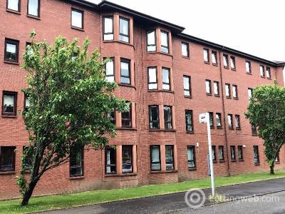 Property to rent in Durward Court, Shawlands, Glasgow, G41 3RY