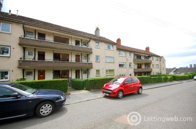 Property to rent in Tennyson Drive