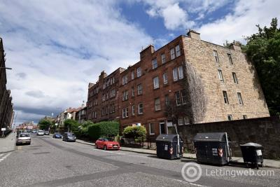 Property to rent in Broughton Road, Edinburgh, EH7