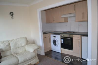 Property to rent in Dens Road, Dundee, DD3 7HZ