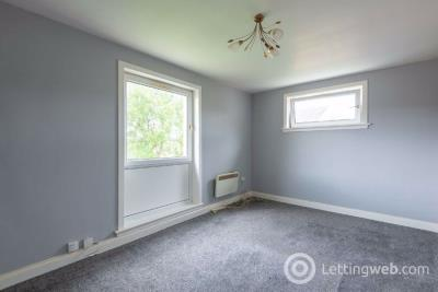 Property to rent in Yarrow Terrace, Menzieshill, Dundee, DD2 4DY