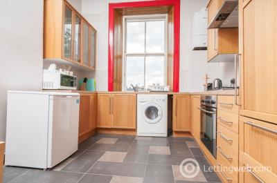 Property to rent in South Oxford Street, Edinburgh, EH8