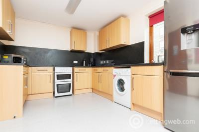Property to rent in West Bryson Road, Edinburgh, EH11