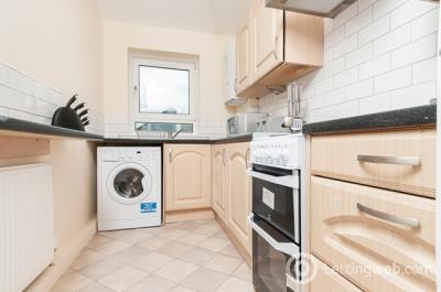 Property to rent in West Pilton Rise, Edinburgh, EH4