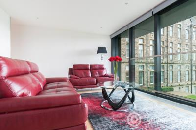 Property to rent in Simpson Loan, Edinburgh, EH3