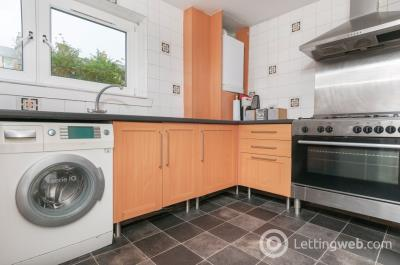 Property to rent in Harden Place, Edinburgh, EH11