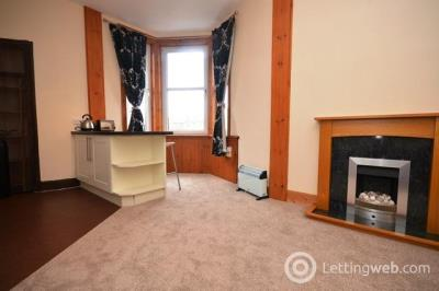 Property to rent in Albion Road, Edinburgh, EH7