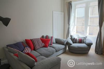 Property to rent in Teviot Place, Edinburgh, EH1