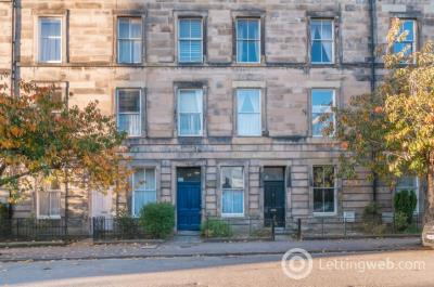 Property to rent in Lutton Place, Edinburgh, EH8
