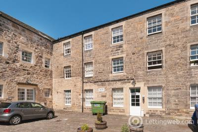 Property to rent in Smith's Place, Edinburgh, EH6