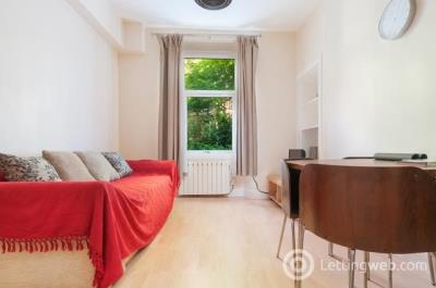 Property to rent in Wardlaw Place, Edinburgh, EH11