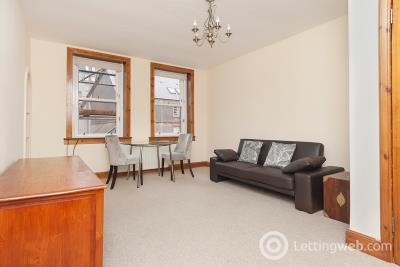 Property to rent in Richmond Place, Edinburgh, EH8