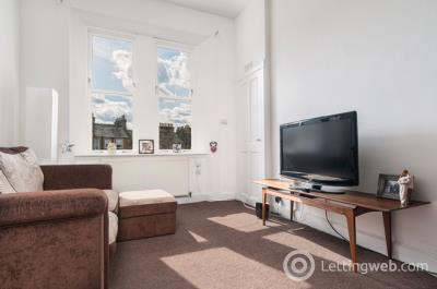 Property to rent in Comely Bank Row, Edinburgh, EH4