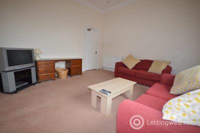 Property to rent in East Preston Street, Edinburgh, EH8 9QD