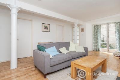 Property to rent in Campbells Close, Edinburgh, EH8