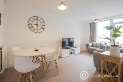 Property to rent in Allanfield, Edinburgh, EH7 5YQ