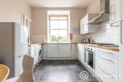 Property to rent in Buccleuch Terrace, Edinburgh, EH8 9NB