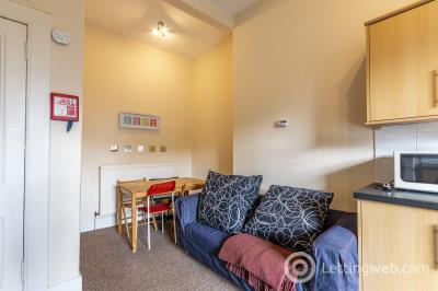 Property to rent in Marchmont Road, Edinburgh, EH9 1HA