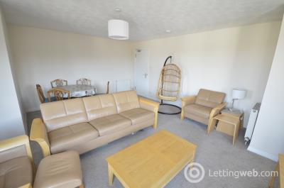Property to rent in Sinclair Gardens, Edinburgh, EH11