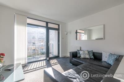Property to rent in Hopetoun Street, Edinburgh, EH7