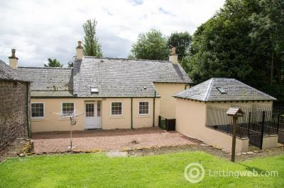 Property to rent in Sunnyhall Farmhouse
