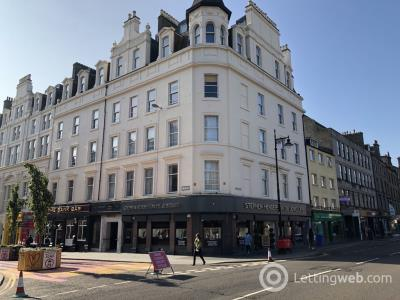Property to rent in Union Street, Royal Apartments