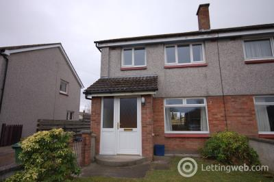 Property to rent in Drakies Avenue, Inverness, IV2