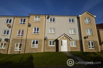 Property to rent in Wester Inshes Court, Inverness, IV2
