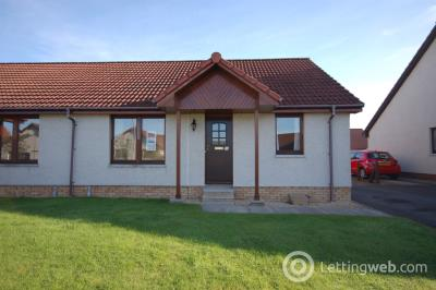 Property to rent in Castle Heather Crescent, Inverness, IV2