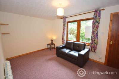 Property to rent in Murray Terrace, Smithton, Inverness, IV2