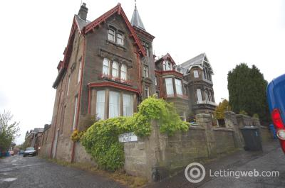 Property to rent in Hyndford Street, Dundee